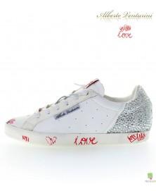 Sneaker ''Pure Love''